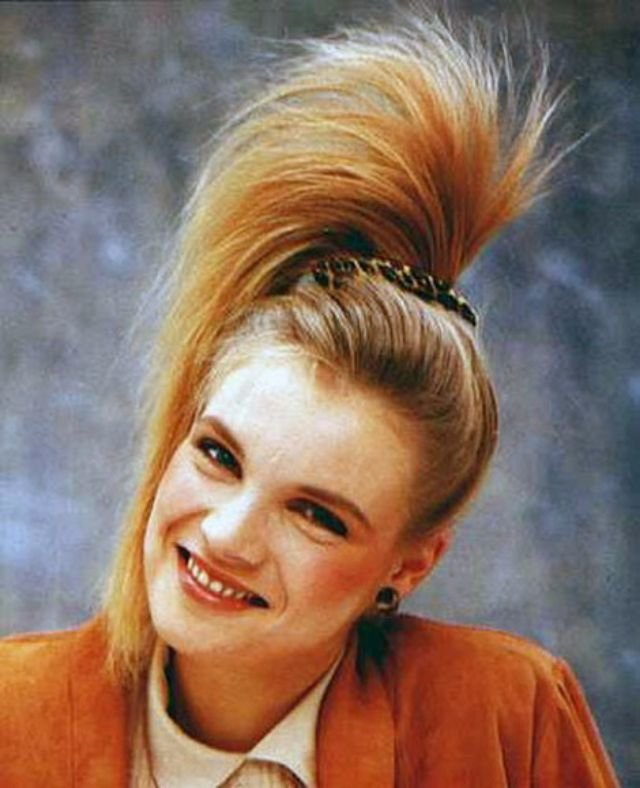 Free 1980S The Period Of Women S Rock Hairstyles Boom Wallpaper