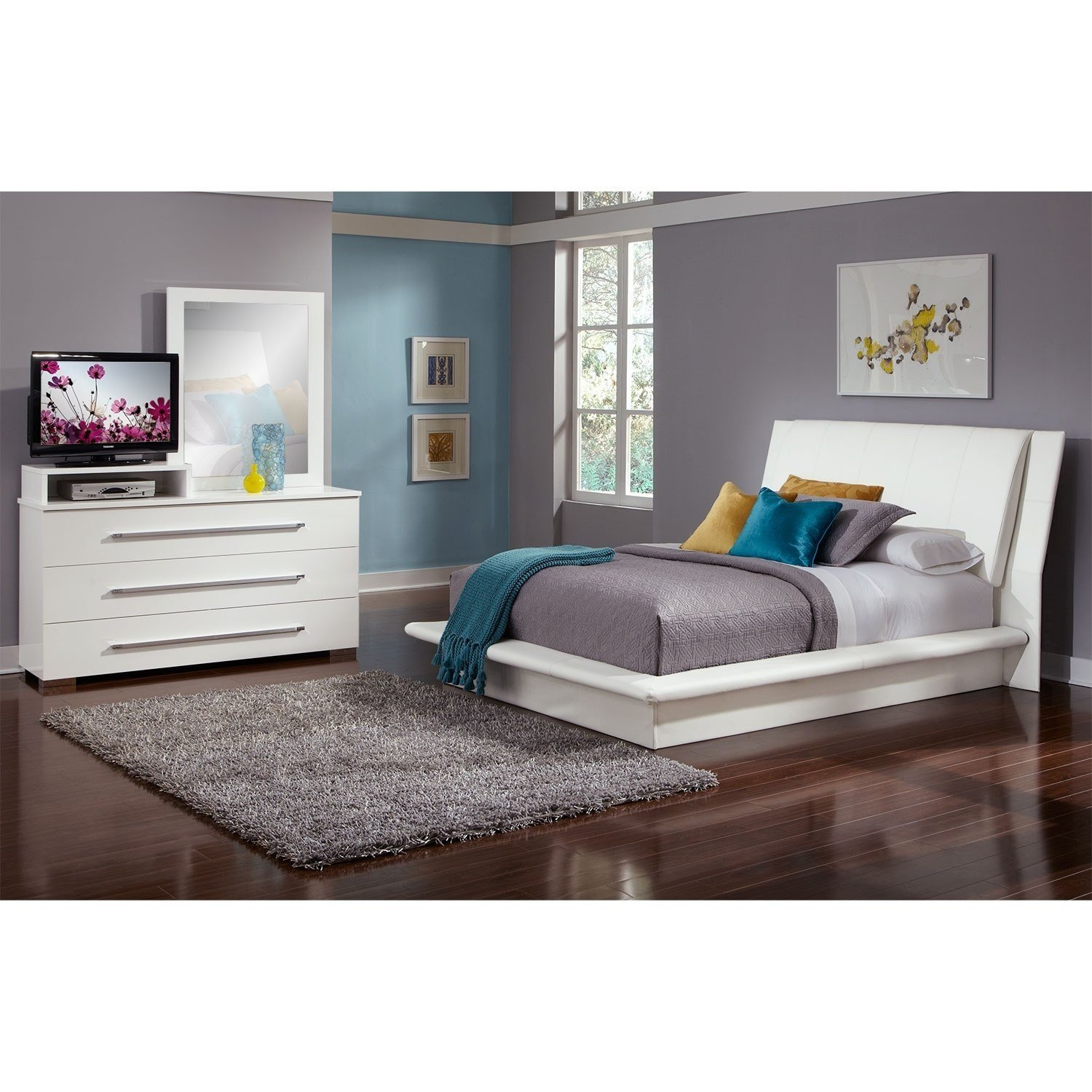 Best Dimora 5 Piece Queen Upholstered Bedroom Set With Media With Pictures