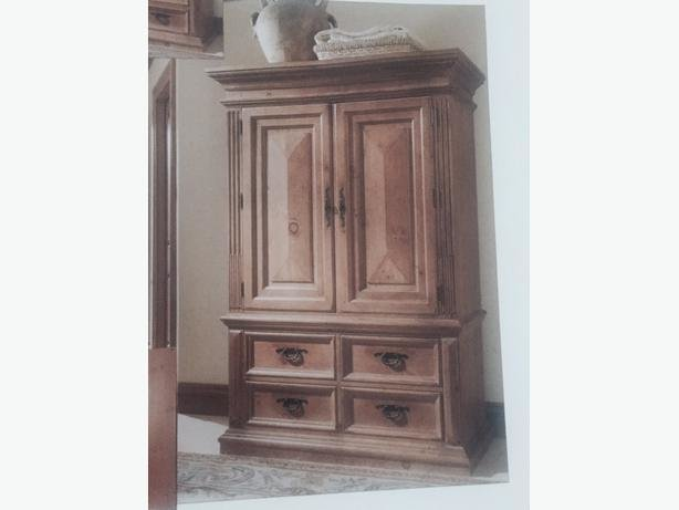 Best Thomasville 4 Piece Santiago Bedroom Furniture Cowichan With Pictures