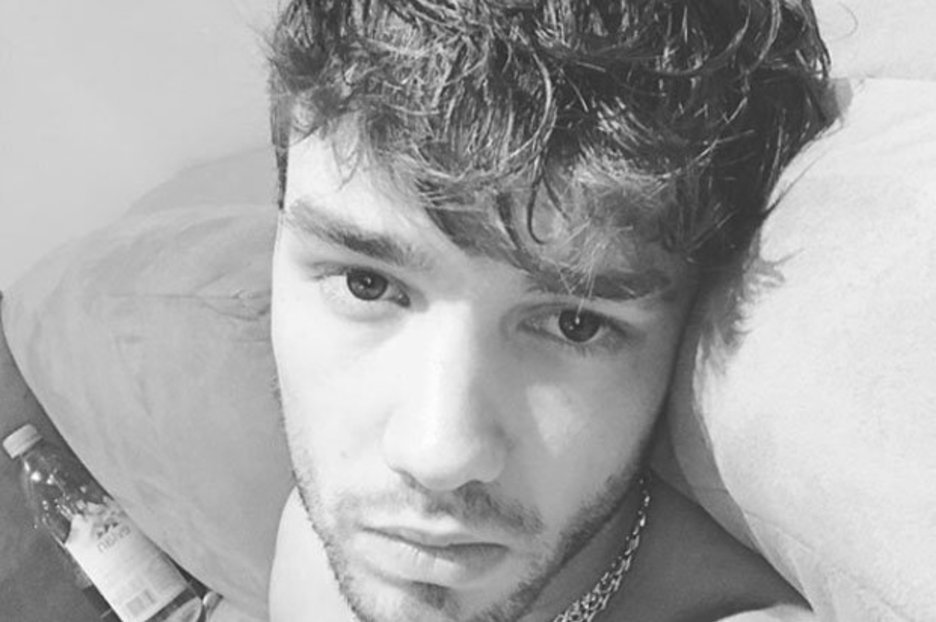 Best Liam Payne Instagram Cheryl Cole S Beau Poses N*K*D In With Pictures