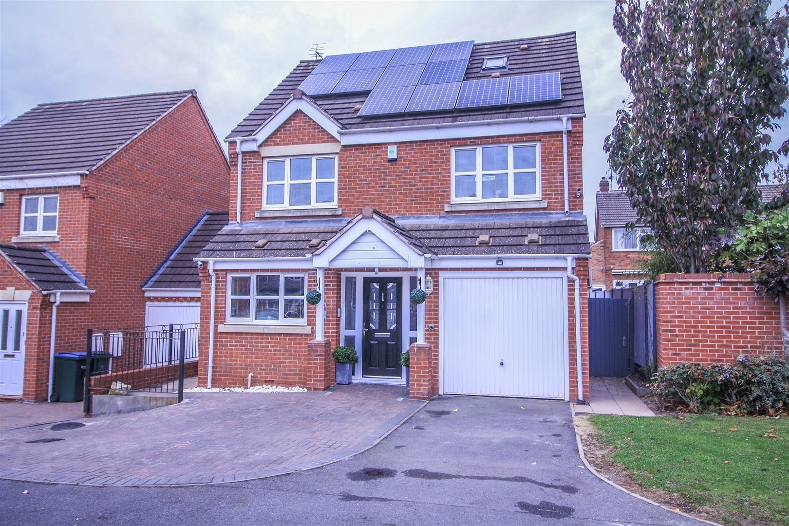 Best 5 Bedroom Detached House For Sale In Coventry With Pictures