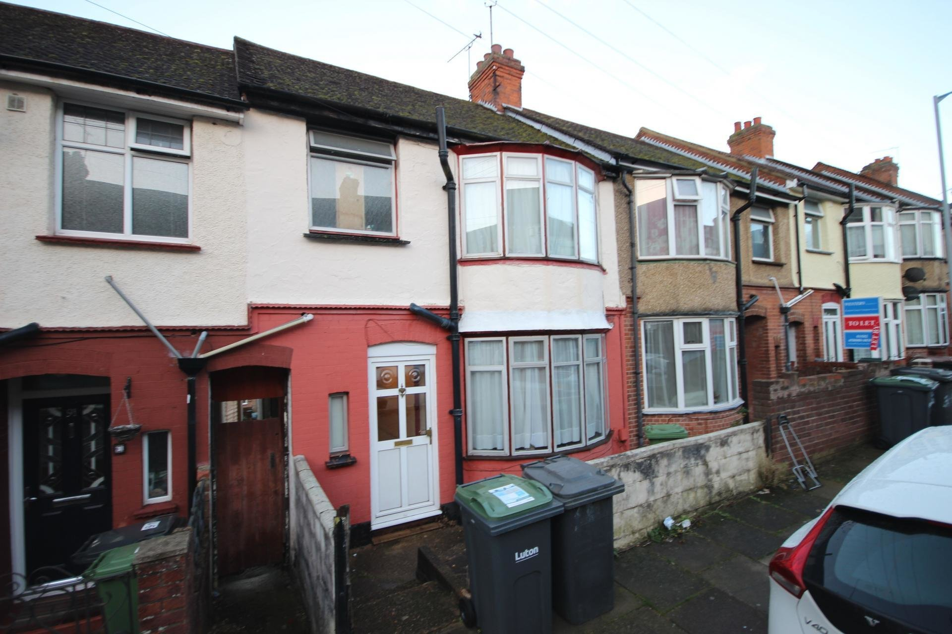 Best 3 Bedroom House For Sale In Luton With Pictures