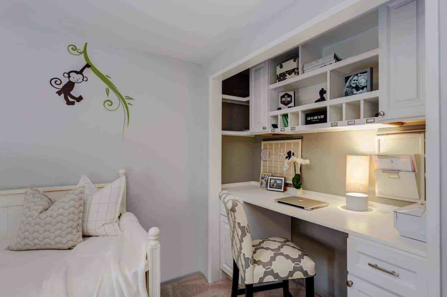 Best 25 Fabulous Ideas For A Home Office In The Bedroom With Pictures