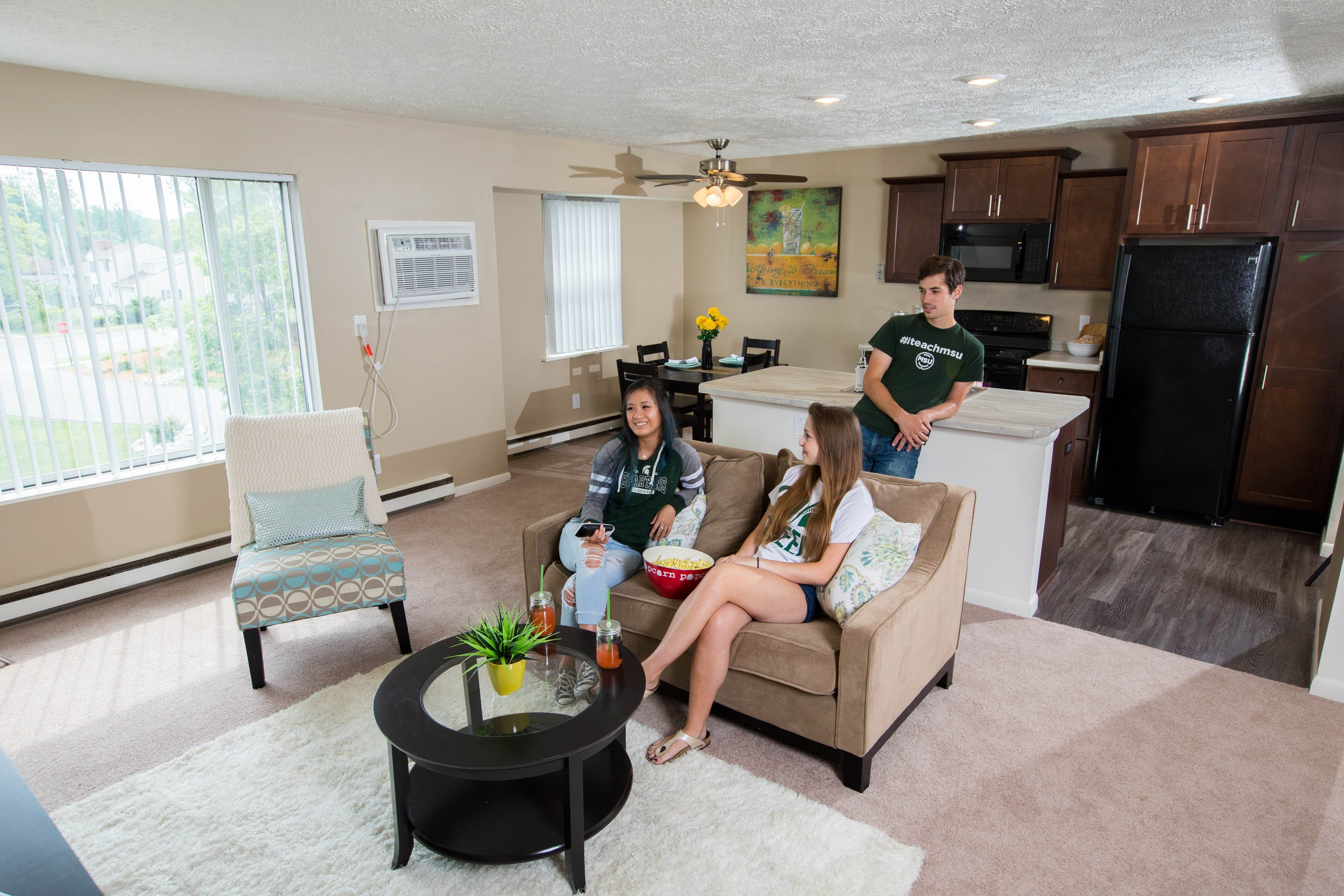 Best Woodbrook Village Apartments Apartments In East Lansing Mi With Pictures