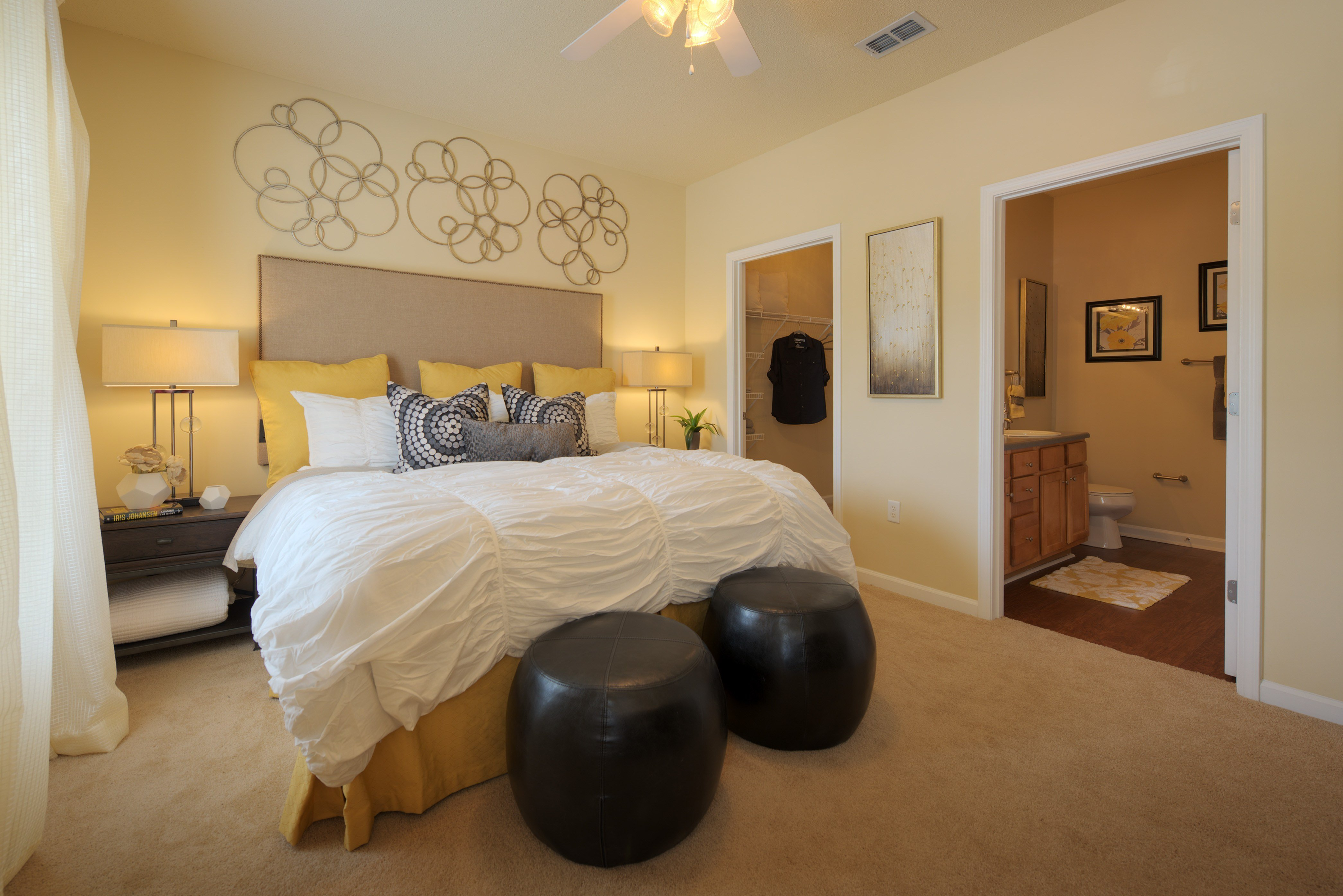 Best 3 Bedroom Townhomes For Rent Near Me 2018 Home Comforts With Pictures