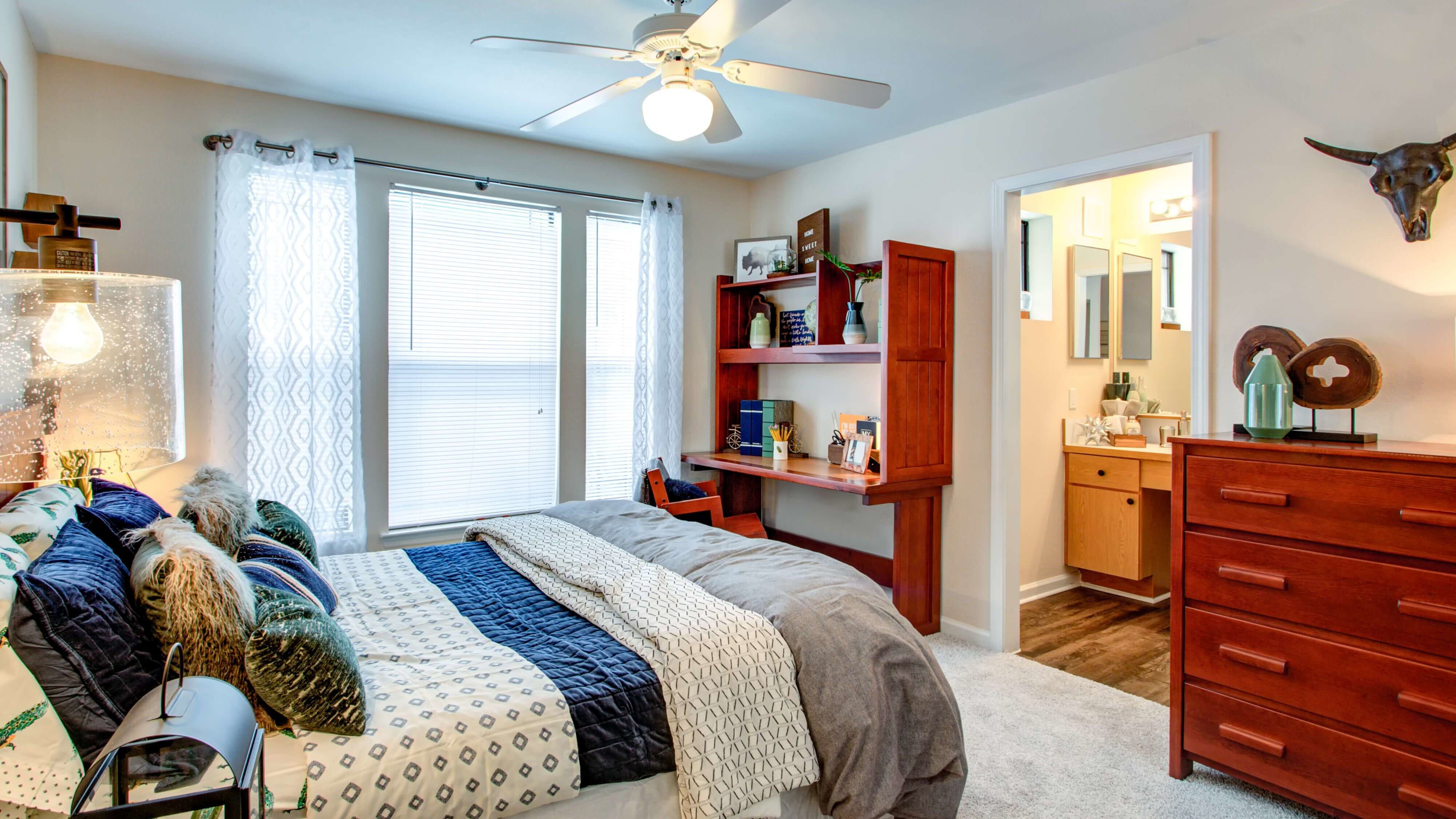 Best Amenities Campus Lodge Tampa Luxury Community Features With Pictures