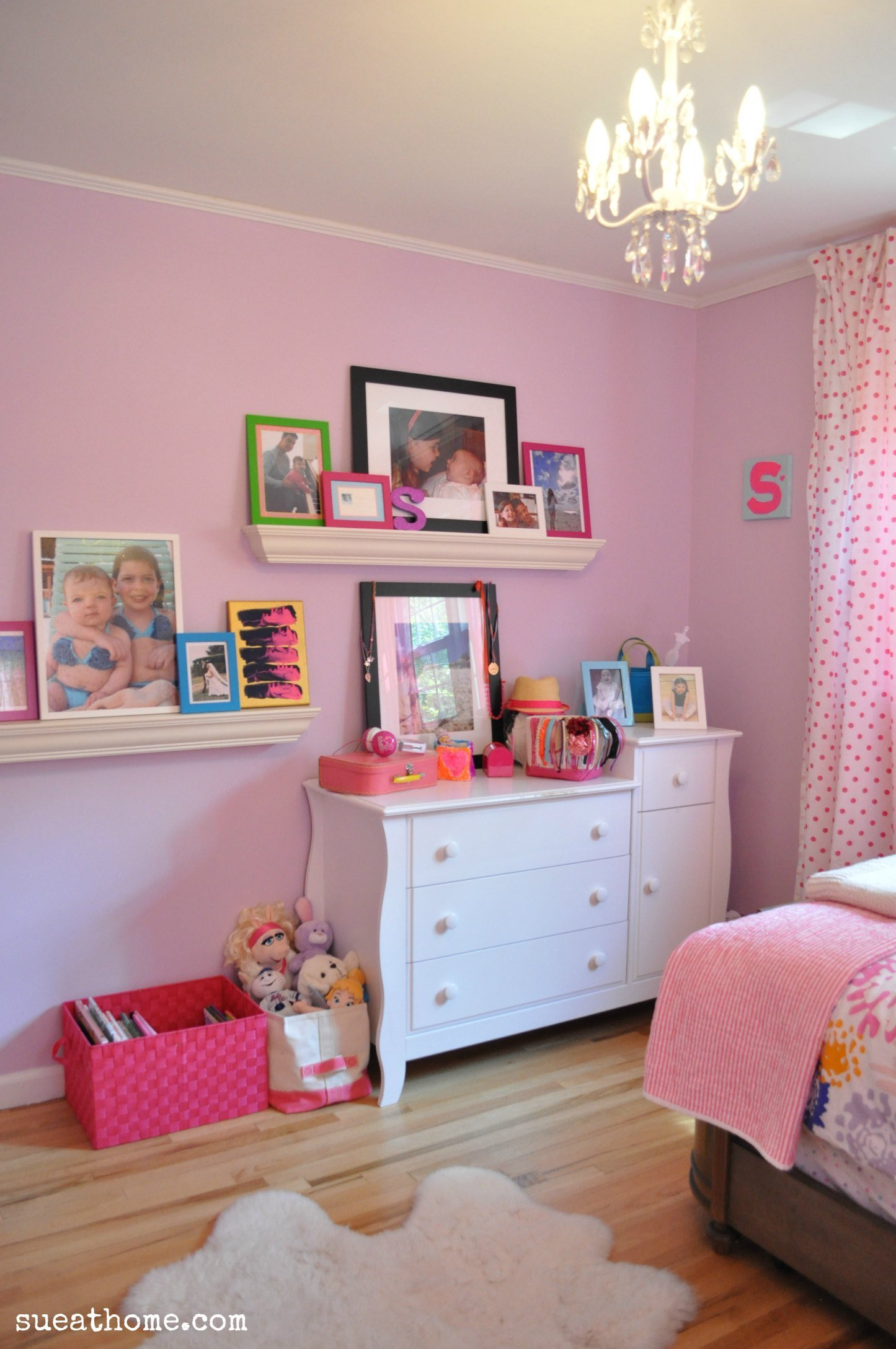 Best Bright Girls Room Sue At Home With Pictures
