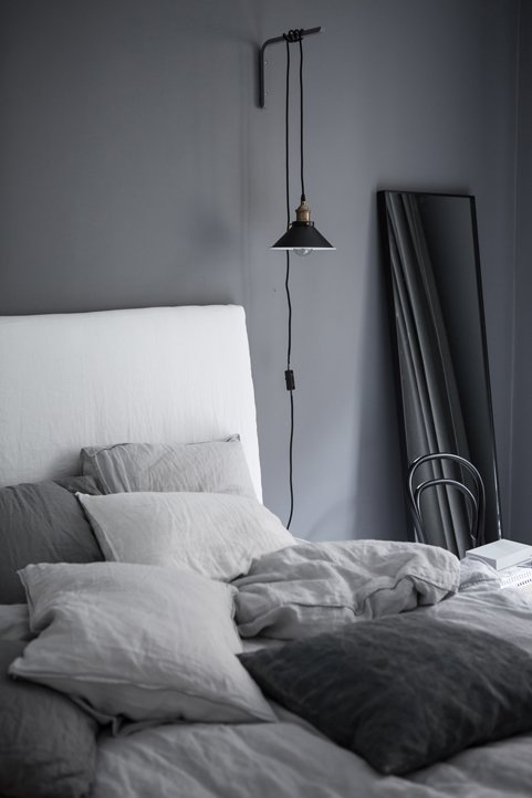 Best K R I S P I N T E R I Ö R Dreamy Grey Bedroom With Pictures