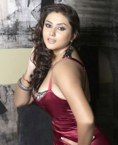 Best Actress Film Picture S*Xy Actress Namitha Latest Hot With Pictures