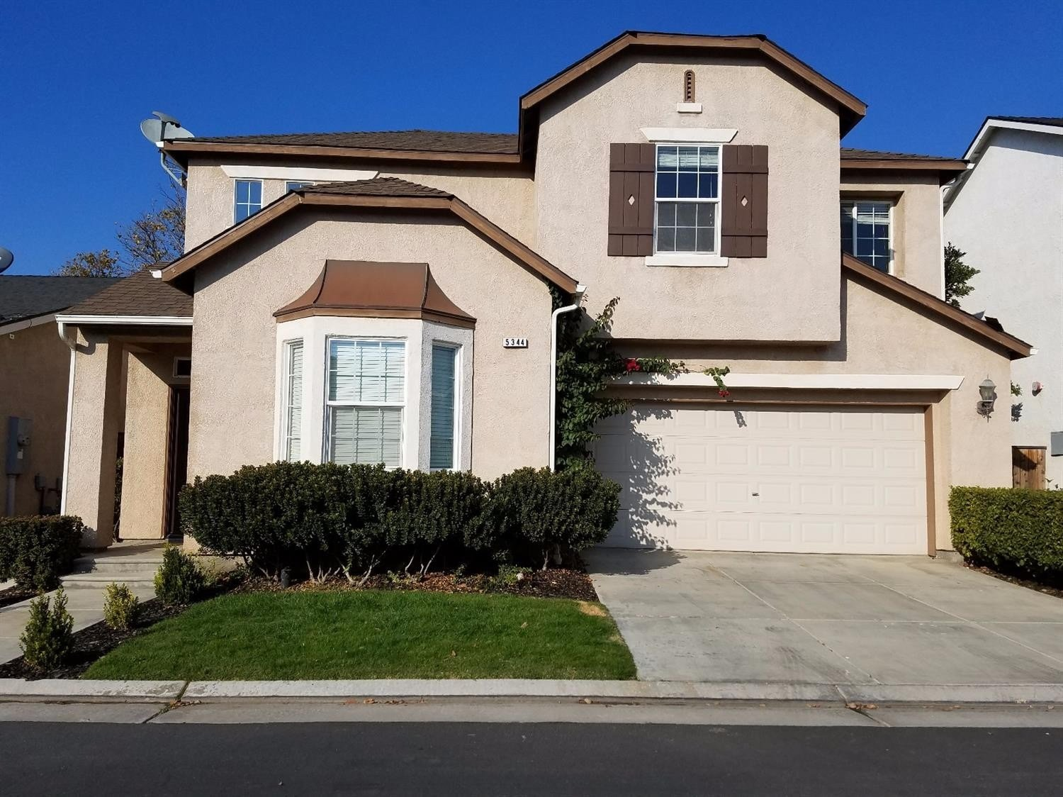 Best 5344 W King Fisher Ln Fresno Ca 93722 4 Bedroom House With Pictures