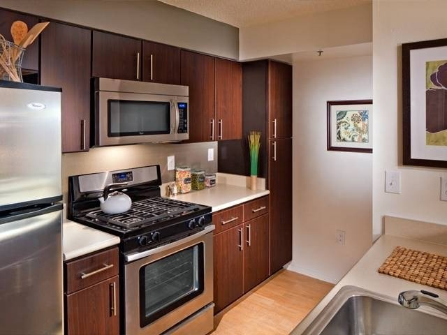 Best Avalon Cove 444 Washington Blvd Jersey City Nj 07310 Apartment For Rent Padmapper With Pictures