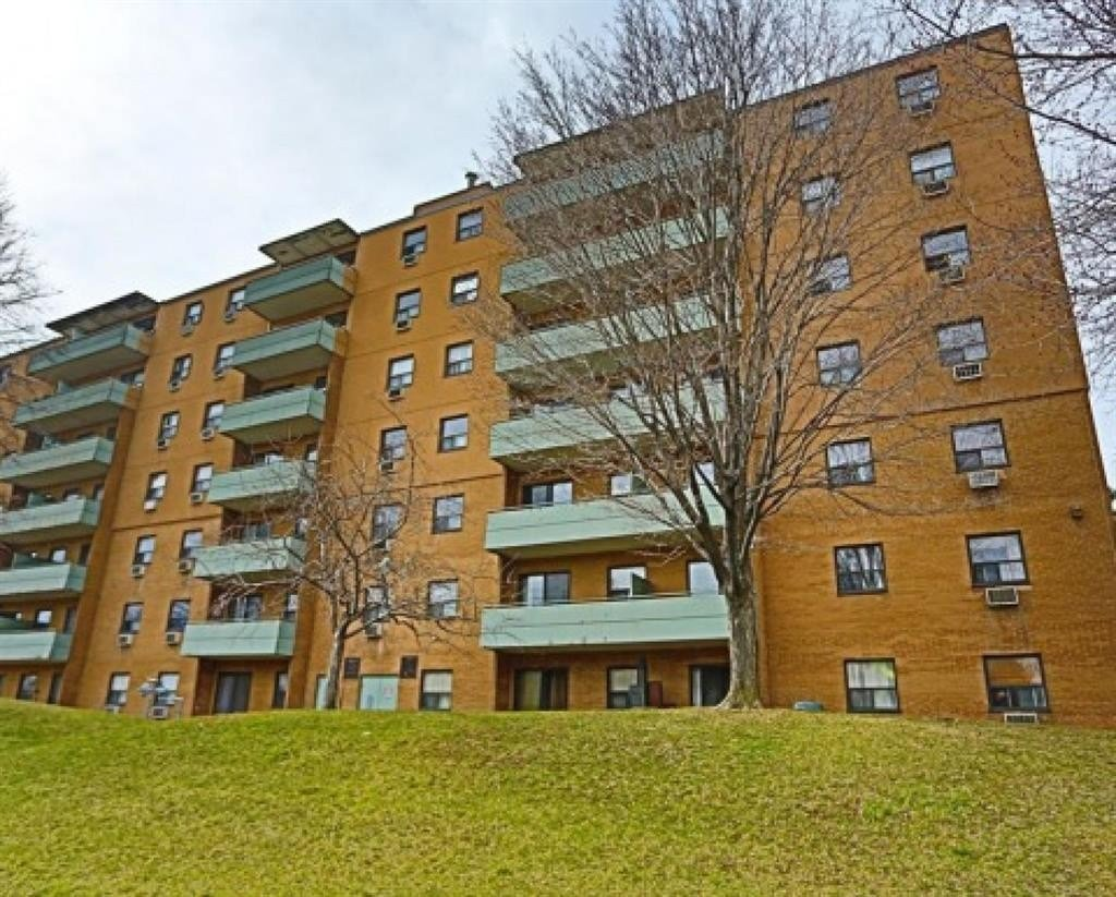 Best 611 Heritage Dr Kitchener On N2B 3J3 2 Bedroom Apartment With Pictures