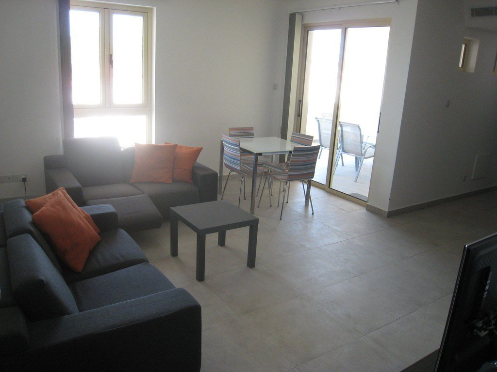 Best 2 Bedroom Apartment For Rent In Aradippou Flat Rent Larnaca With Pictures