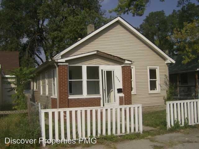 Best 1732 Draper St Indianapolis In 46203 3 Bedroom House For Rent For 700 Month Zumper With Pictures
