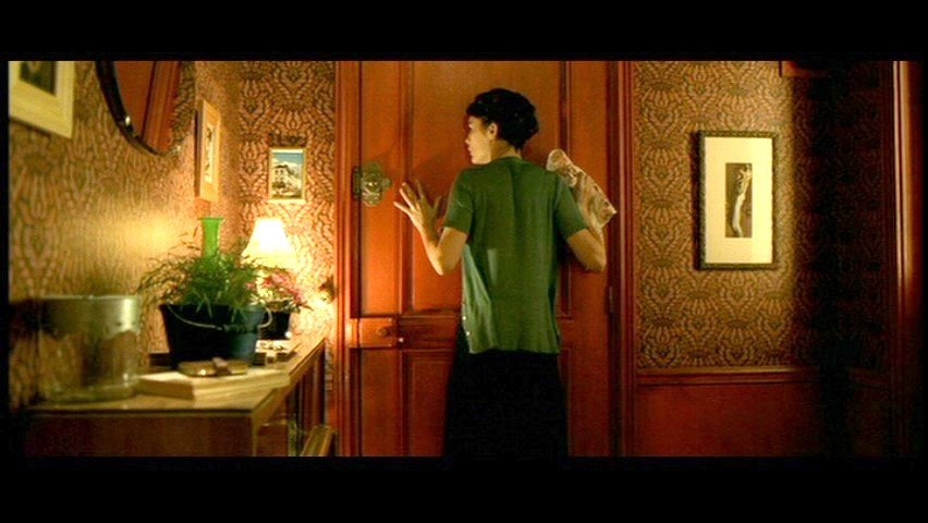 Best Moon To Moon The Home Of Amelie Poulain With Pictures