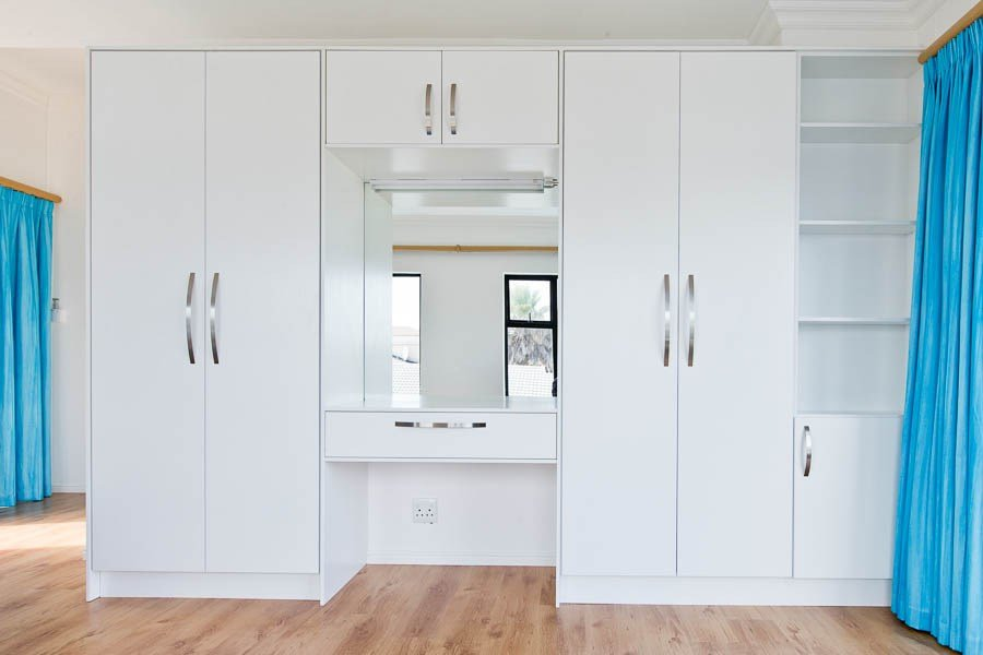 Best Bedroom Cupboards Essential Kitchens With Pictures