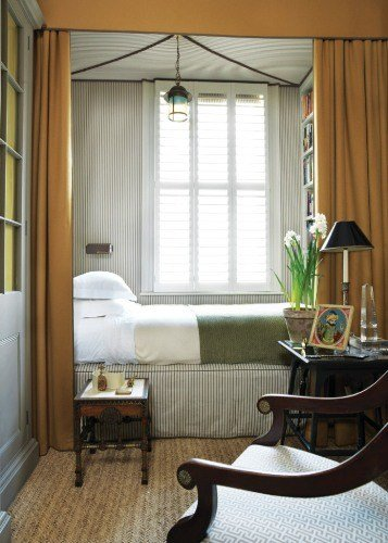 Best How To Arrange Furniture In A Long Narrow Bedroom 5 Ideas With Pictures