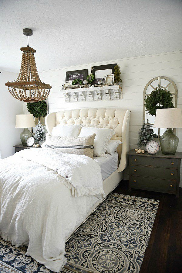 Best Simple Cottage Christmas Bedroom Liz Marie Blog With Pictures