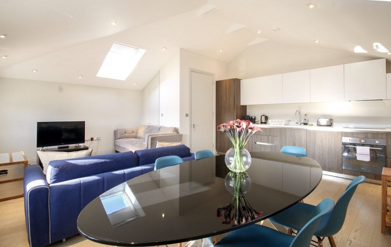 Best Modern One Bedroom Apartment To Rent In Bournemouth The With Pictures Original 1024 x 768