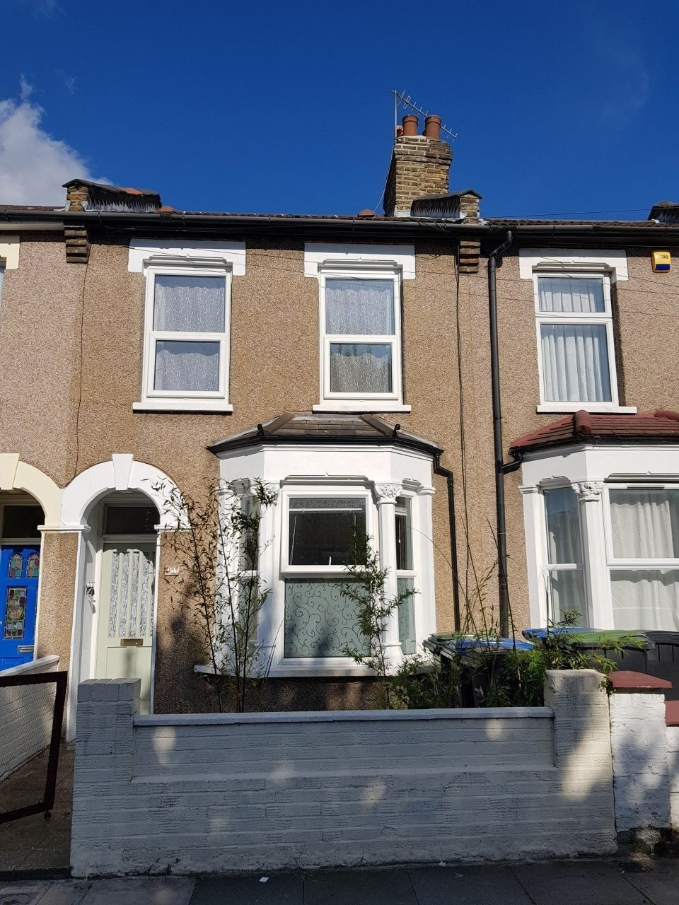 Best 2 Bedroom Terraced House To Rent In Edmonton The Online With Pictures