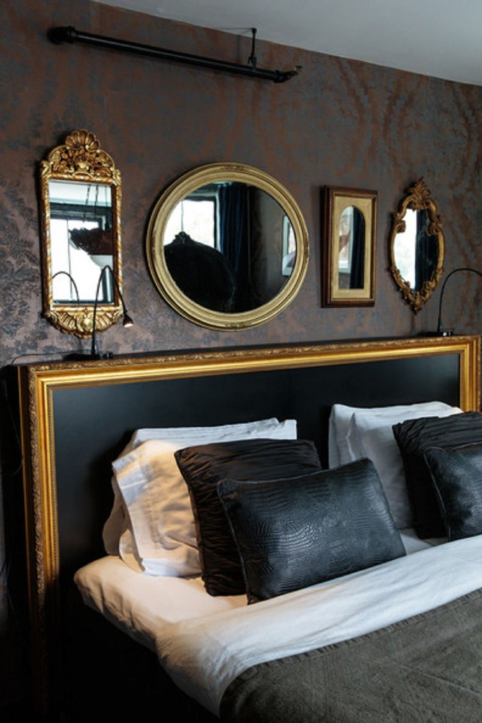 Best 25 Hollywood Regency Style Bedroom Ideas With Pictures