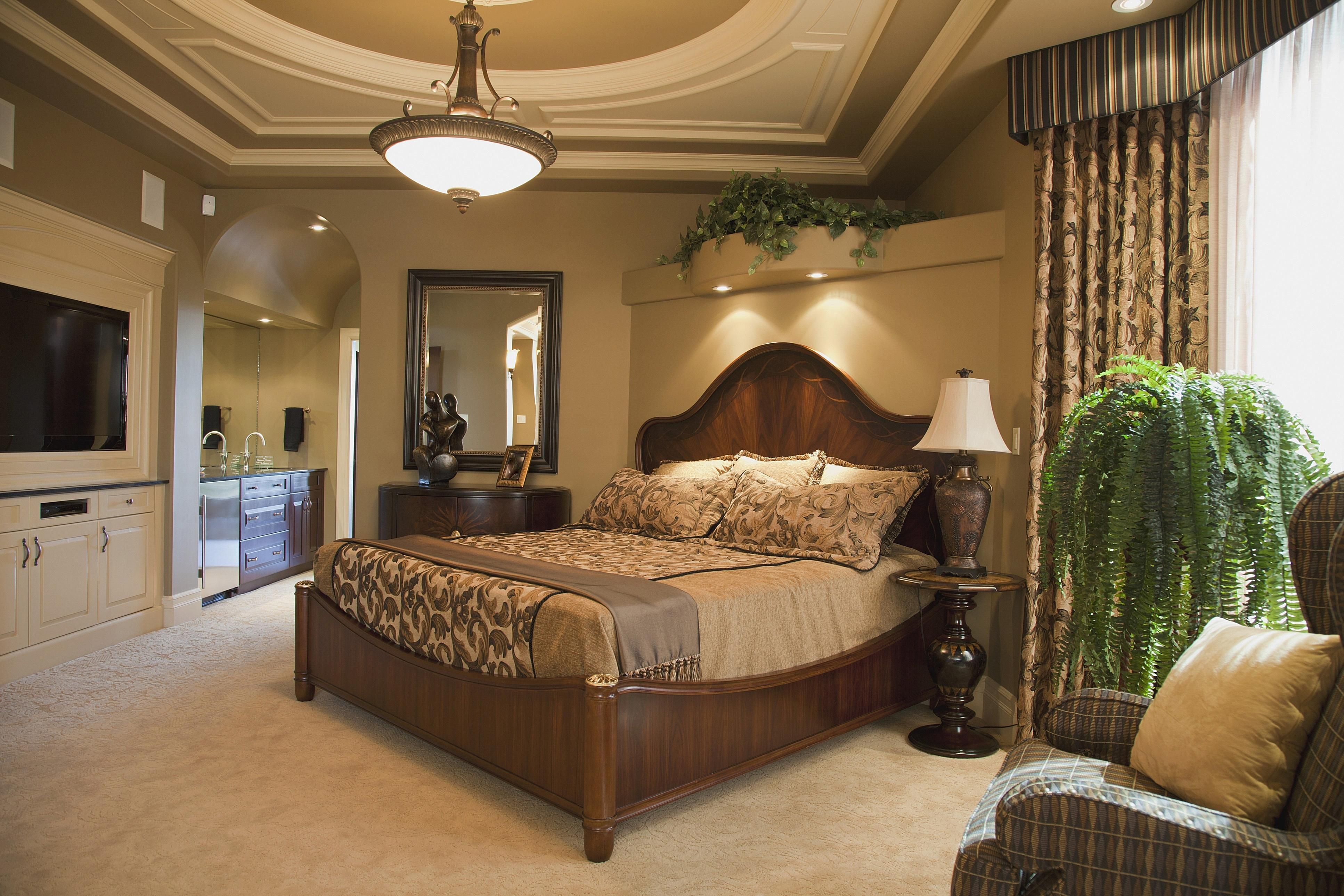 Best Tuscan Bedroom Decorating Ideas And Photos With Pictures