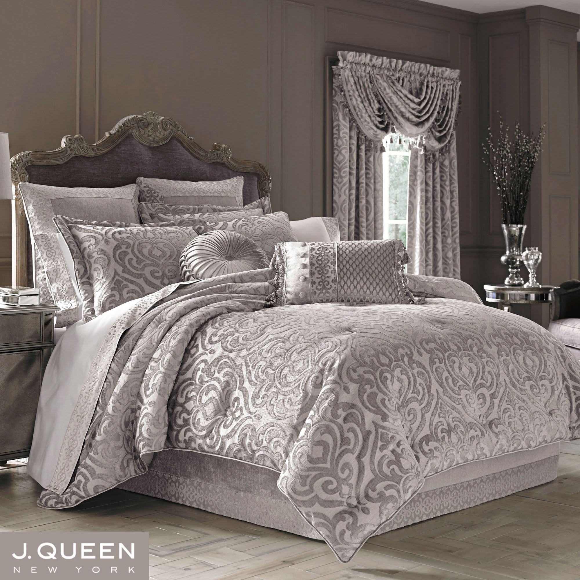 Best Sicily Silver Gray Medallion Comforter Bedding By J Queen With Pictures