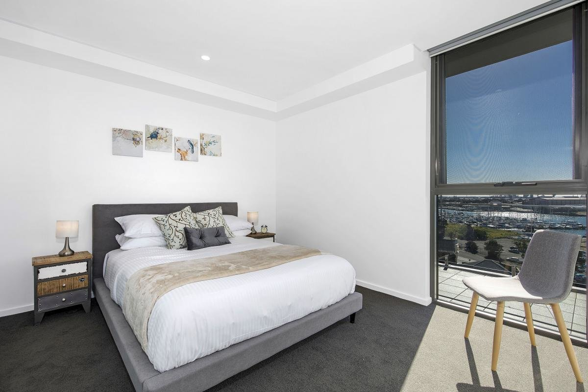Best 1 Bedroom Study Premium Apartment In Newcastle Bellevue With Pictures