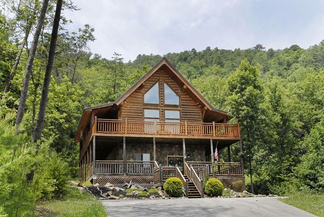 Best Rising Wolf Lodge Walden S Creek 124 2 Bedroom Loft Bedroom Cabin In Pigeon Forge With Pictures