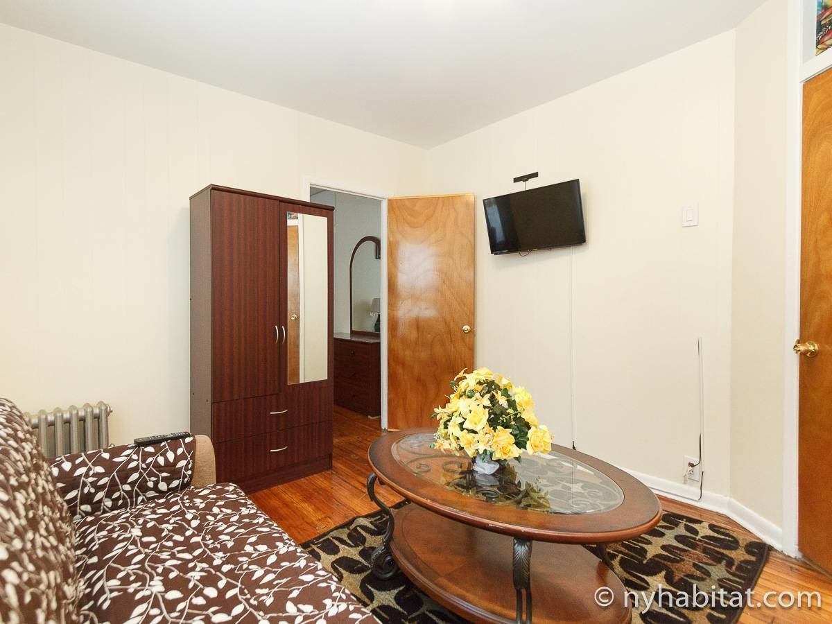 Best New York Apartment 4 Bedroom Apartment Rental In Flatbush With Pictures