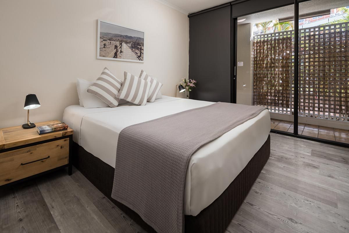 Best Two Bedroom Tower Apartment Rydges Esplanade Resort Cairns With Pictures