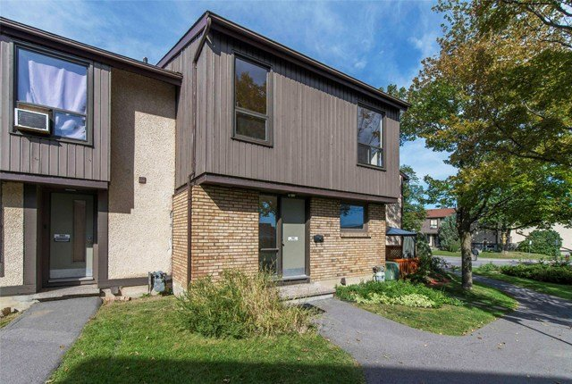 Best 3 Bedroom Apartments For Rent Ottawa At Beaconwood Village With Pictures