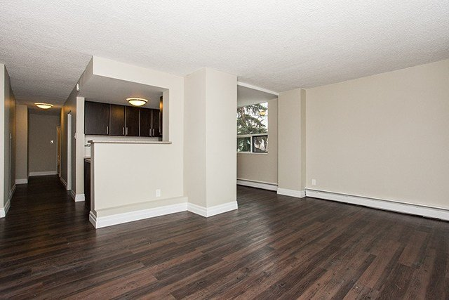 Best 1 Bedroom Apartments For Rent Edmonton At Grandin Tower With Pictures