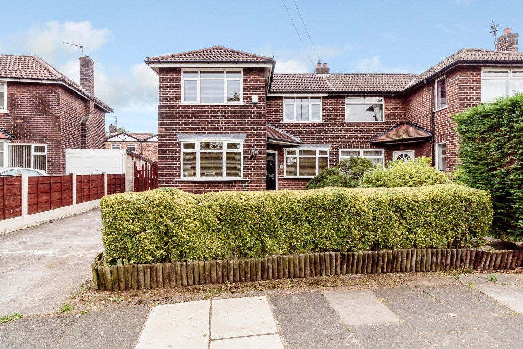 Best 3 Bedroom Semi Detached House For Sale In Roundwood Road With Pictures