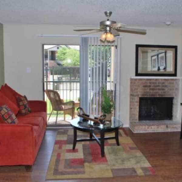 Best Upgraded 1 2 Bedroom Apartments In Irving Tx With Pictures Original 1024 x 768