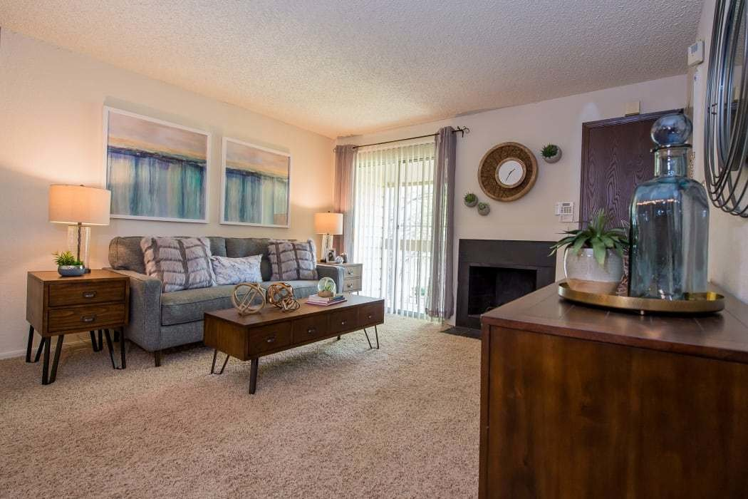 Best Studio 1 2 Bedroom Apartments In Tulsa Eagle Point With Pictures