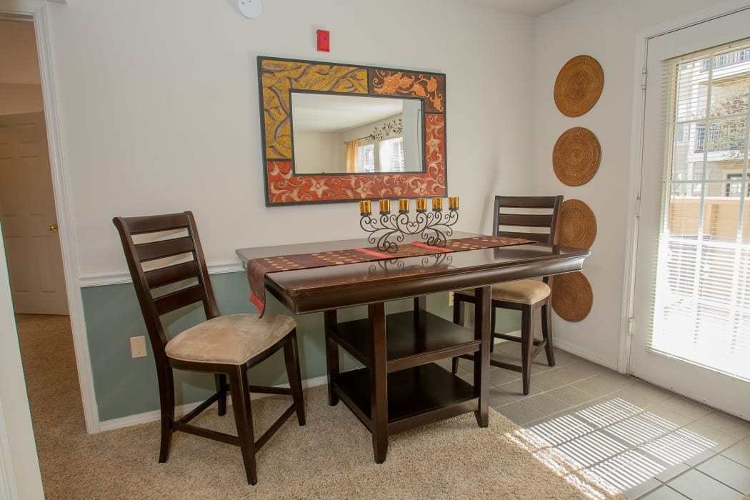 Best 1 2 Bedroom Apartments In Oklahoma City Crown Pointe With Pictures