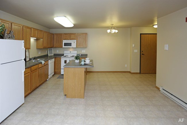 Best Belcastle Apartments Bismarck Nd Apartment Finder With Pictures