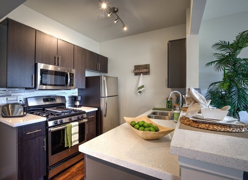 Best Waterstone At Metro Los Angeles Ca Apartment Finder With Pictures