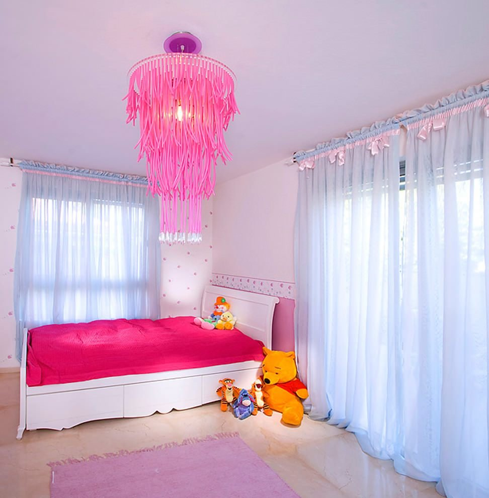 Best 20 Pink Chandelier Designs Decorating Ideas Design With Pictures