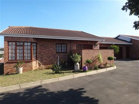 Best 2 Bedroom Townhouse For Sale In Margate With Pictures