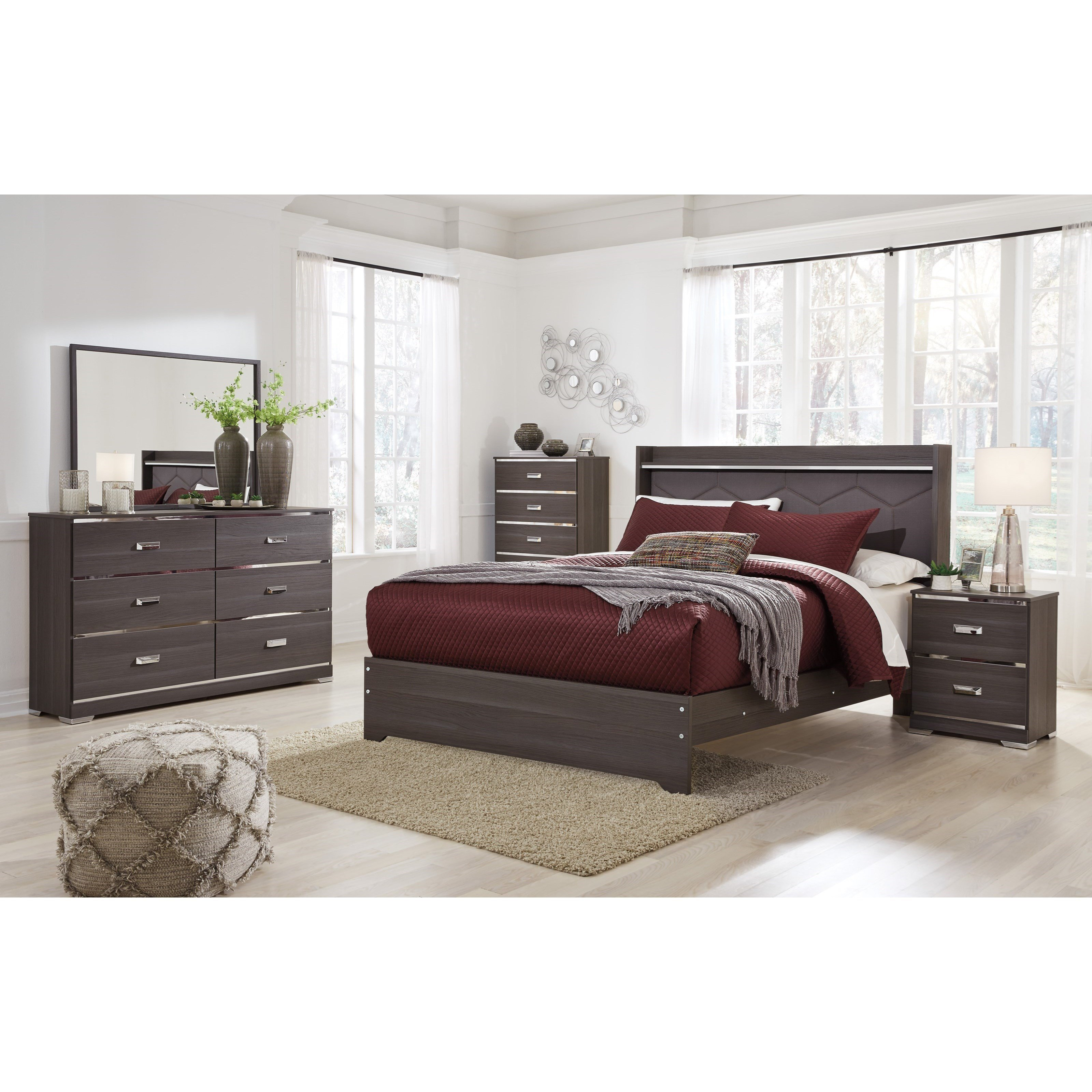 Best Signature Design By Ashley Annikus Queen Bedroom Group With Pictures