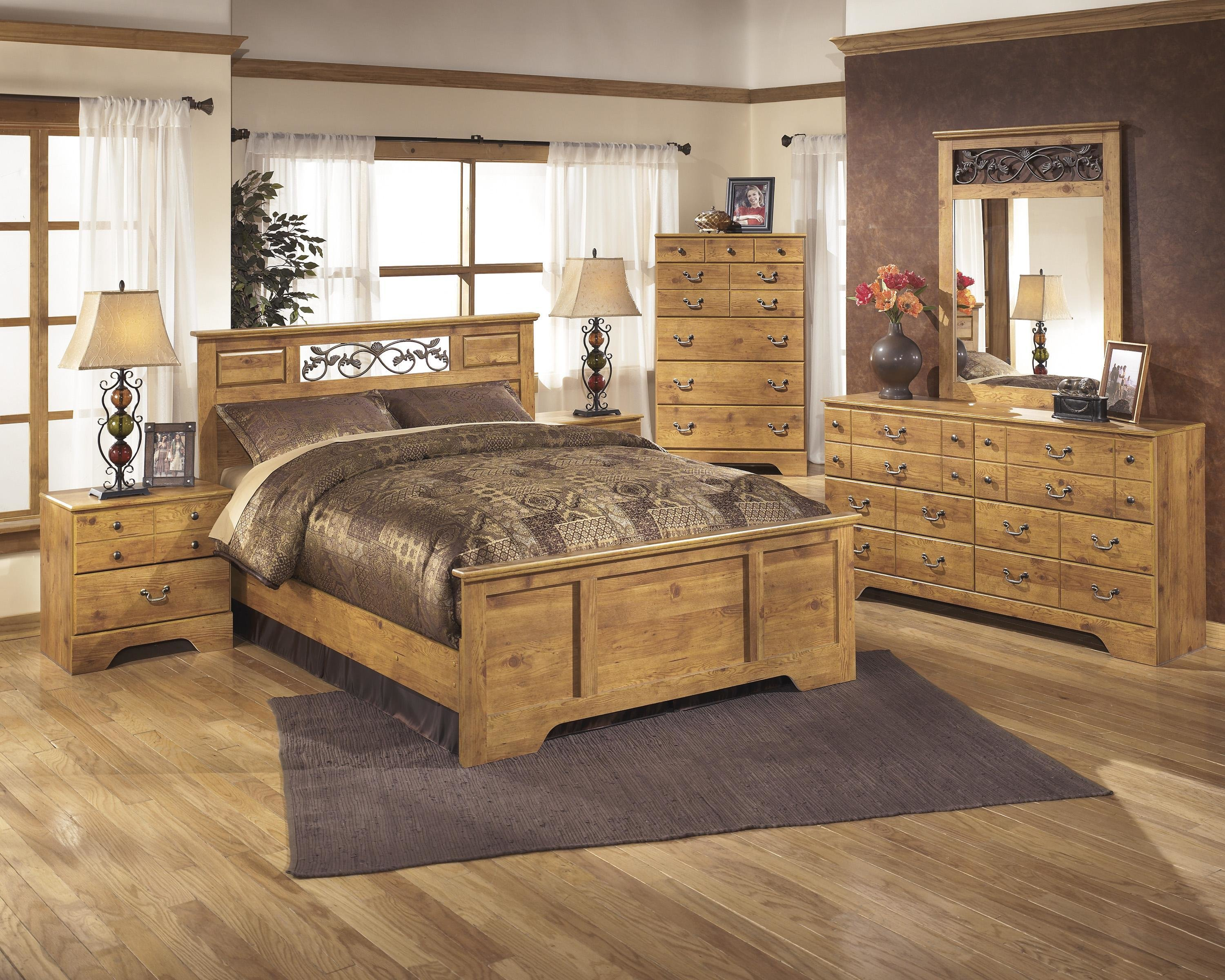 Best Signature Design By Ashley Bittersweet Queen Bedroom Group With Pictures