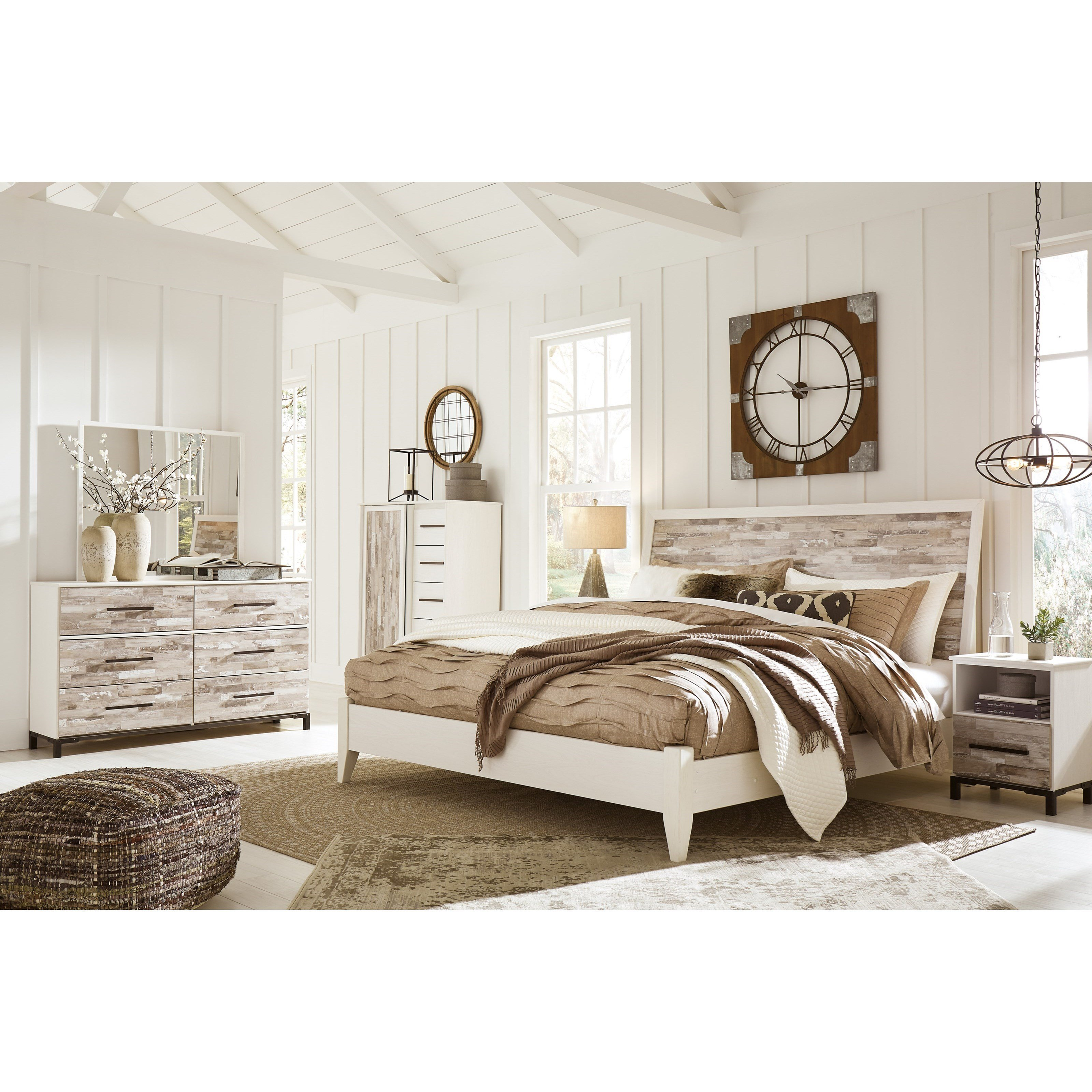 Best Signature Design By Ashley Evanni King Bedroom Group With Pictures