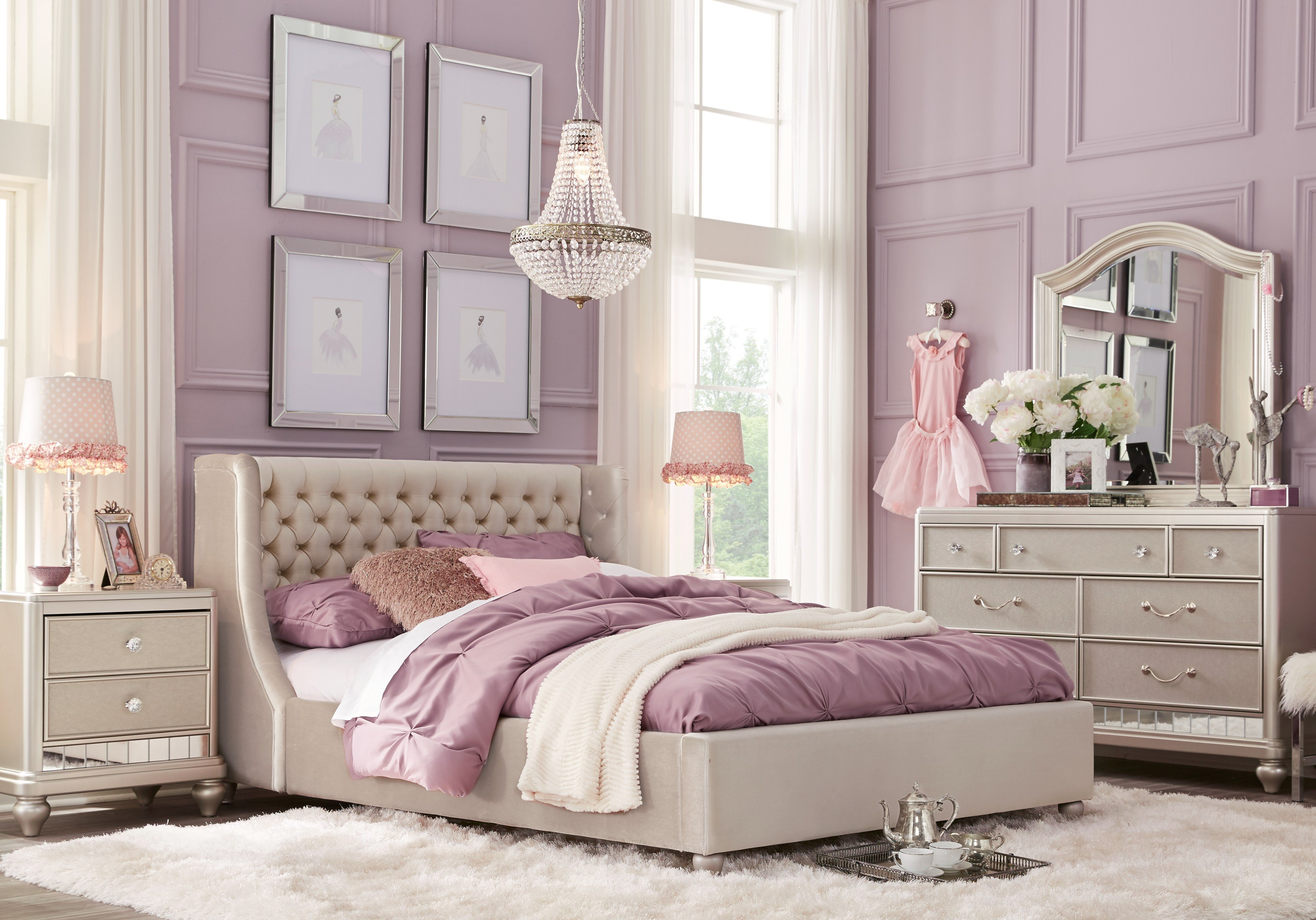 Best Sofia Vergara Petit Paris Champagne 4 Pc Full Bedroom With With Pictures