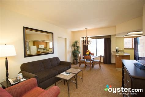 Best The One Bedroom Suite At The Polo Towers Oyster Com With Pictures