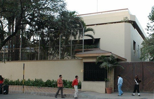 Best Amitabh Bachchan House Jalsa Successstory With Pictures
