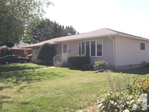 Best 4 Bedroom 1 1 2 Bath Ranch House With 2 Car Attached Garage For Rent For Sale In Goodview With Pictures