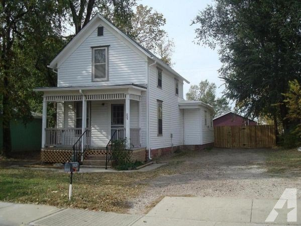 Best 3Br 1149Ft² Spacious 3 Bedroom House Fenced Yard With Pictures