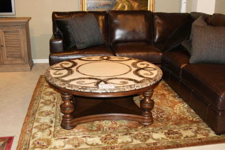 Best Thomasville 43632 173Urn Clearance Living Room Hills Of With Pictures
